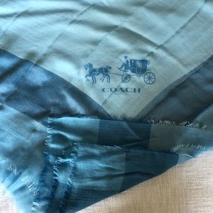 HORSE AND CARRIAGE PLAID PRINT COACH SCARF